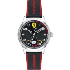 Orologio uomo Scuderia Ferrari Pitlane FER0860003 con cassa in acciaio della misura di 34mm e cinturino in pelle. Orologio dotato di vetro minerale. La resistenza all'acqua è di 3 atm.